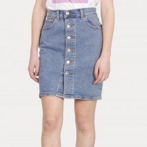 Levi's Button Through Mom Skirt Denim size 28